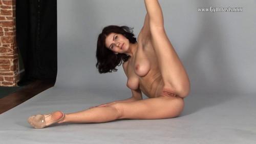 Violeta Lazkowa Erotic Video