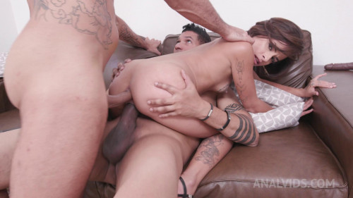 Lady Milf 1st time DOUBLE PENETRATION with 2 giant ramrods