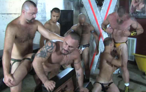 Cum Gangbang With Hungry Piss Whores