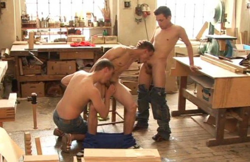 Bareback fucking group scenes