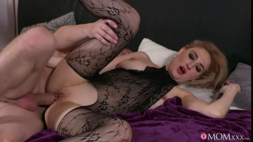 Wet MILF in bodystocking squirts Mature, MILF