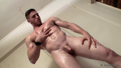 Jock Piss With Elijah Knight