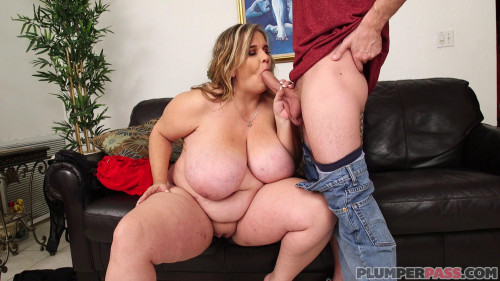 Chubby Cougar Pussy