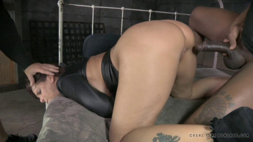 Syren De Mer is straight jacket sex to utter sexual destruction!