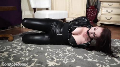 Judias hard cuffed BDSM Latex