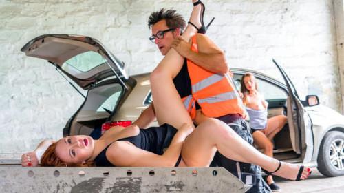 Eva Berger - Brokedown Babes - Friendly Truck Driver (2018) Public Sex
