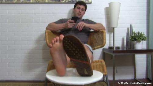 Aldos Bare Feet & Flip-Flops