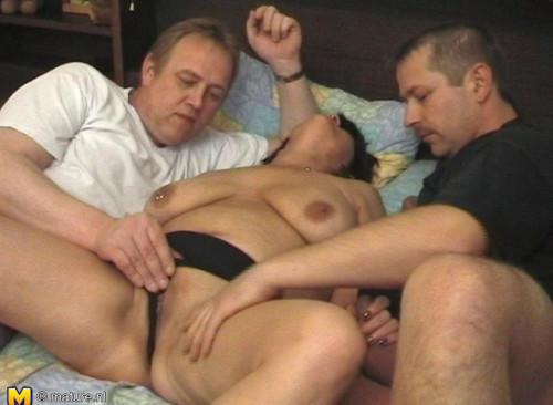 big tit mature karen in gangbang