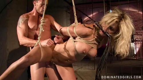 Business as usual - Klarisa Leone BDSM