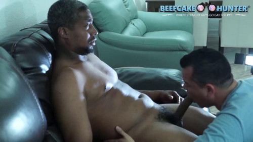 Beefcake Hunter - Blatino James third round Gay Clips