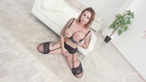 Heidi Van Horny first time DAP with short DP Sex Orgy