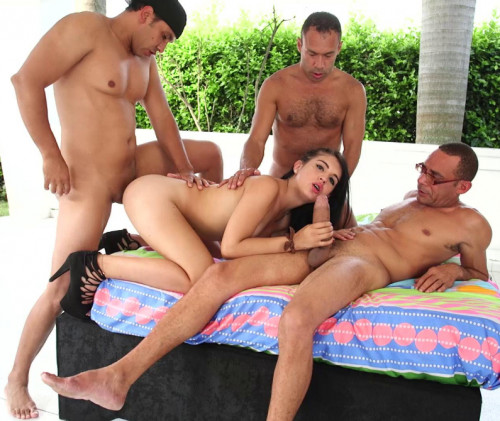 Sizzling Summer Gangbang For Beauty Tranny