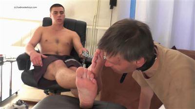 The Useless Houseslave Gay BDSM