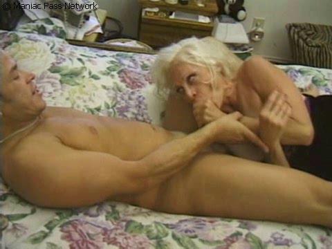 Granny Fucks Around pt.1 sc 4 MILF Sex