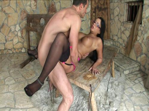 Angelica Heart has her slave in basement
