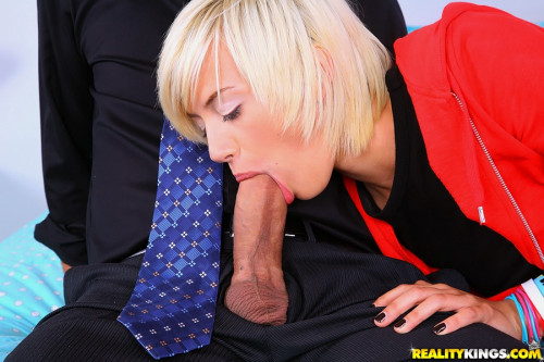 Beautiful Blonde Girl Swiftly Put His Cock In Her Mouth And Sucked It