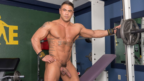 DominicPacifico Body Building with Draven Gay Solo