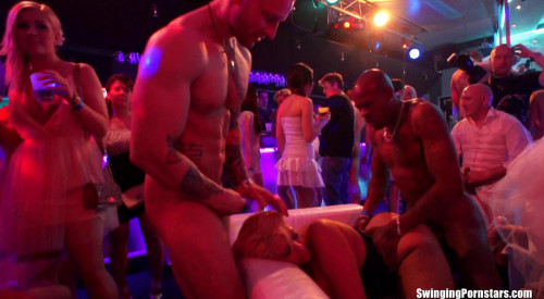 Amateur Orgy At Club