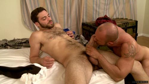 Men Seeking Men Part 1 (Matt Stevens, Tommy Defendi)