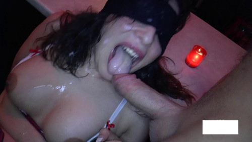 Relish blindfolded