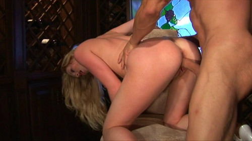 Awesome blonde likes hard cock in her cunt