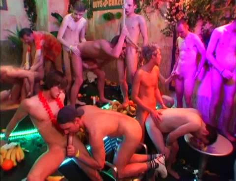 Guys Go Crazy - part 23 Pacific Rimmers Gay Full-length films