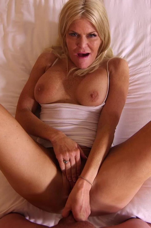 Evelyn Escort cougar had to try FullHD 1080p