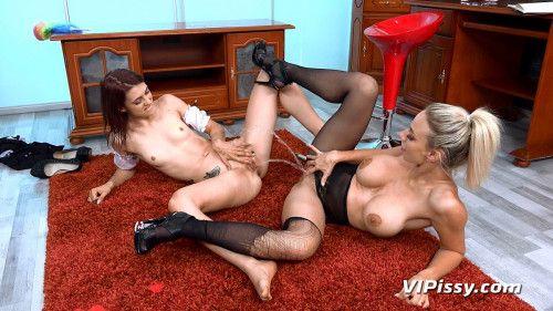 Servicing The Maid - Oprah and Tera Link - Full HD 1080p