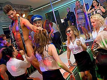 Party Hardcore Gone Crazy Vol. 28 Part 4 Public sex