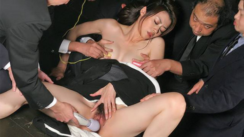 Widow sayuri shiraishi on the floor getting her snatch teased by multiple studs