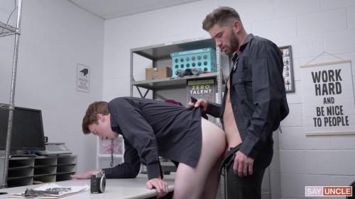 Chris Damned fucks Sebastian Hunts asshole 1080p