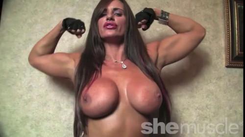 Nikki Jackson - Bigger And Better Female Muscle