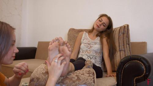 HD Bdsm Sex Videos Astrid tickles Leyas filthy feet on a daybed