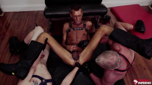 Daddys Fist, Scene 2