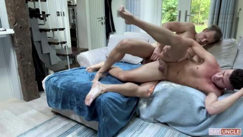 Hot Fucking of James Keresford & Kendrick Thomas 720p