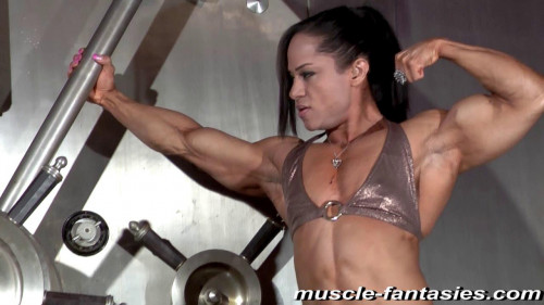 Kashma Maharaj Female Muscle