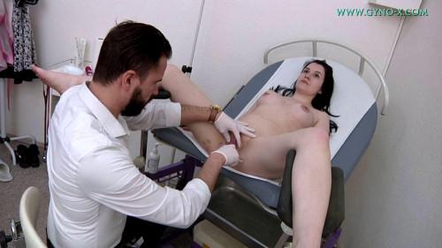 22 Years Girl Gyno Exam - Suzie Angelina - HD 720p