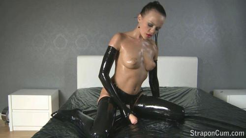 Solo Strapless Dildo Unusual Sex