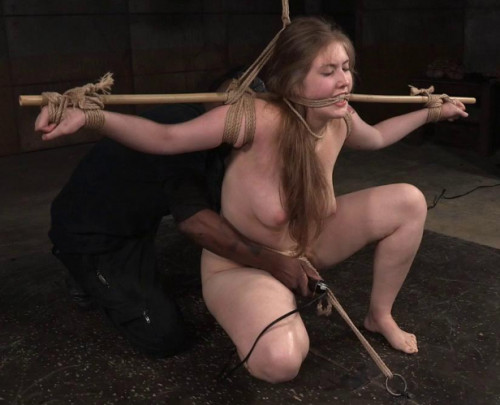 Electra Rayne is so damn sexy slave