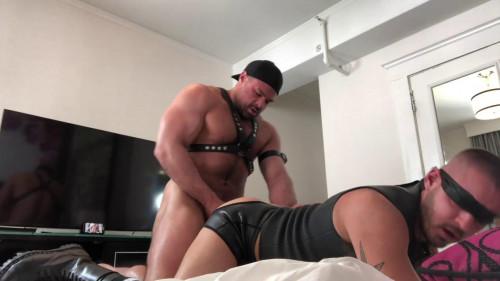 Jaxx Thanatos copulates Sean Hardings arsehole 720p