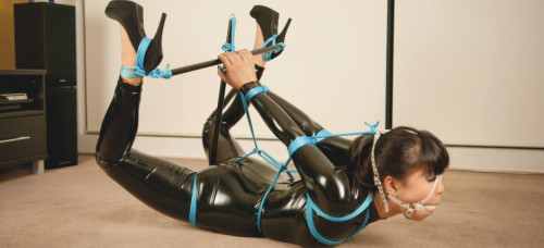 Restricted Senses – Spreader Bar Hogtie