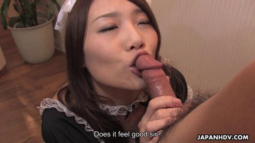 Aoi yuki sucks of her customers after serving em
