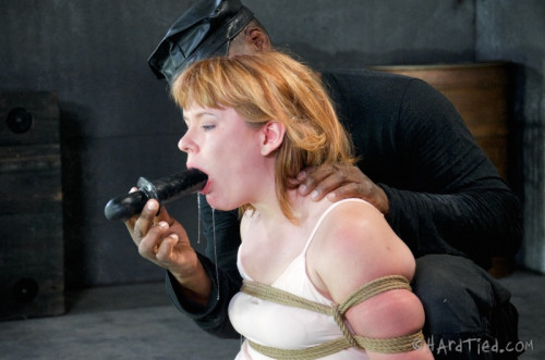 HT - Little Miss Robbins - Claire Robbins and Jack Hammer - HD