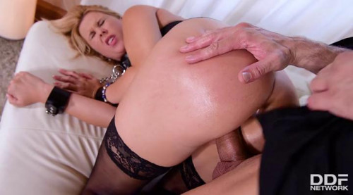 Nikky Dream - Anal and Facial For This Blonde Sub BDSM