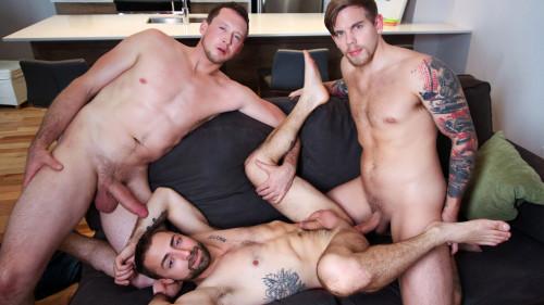 Jeremy London, Pierce Paris & Steve Rickz (720p,1080p)