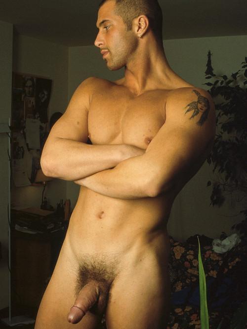 Nude Men Sets... Gay Pics