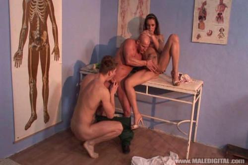 Bi Creampie Clinic Bisexuals