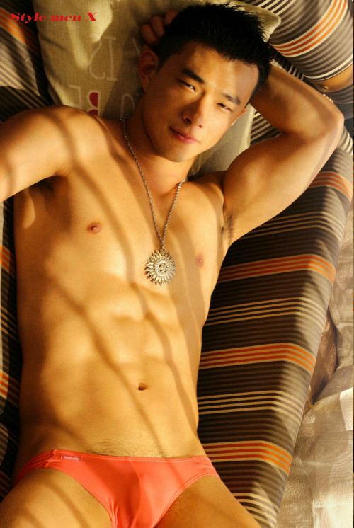 Japan Top Go Go Dancer Gay Pics