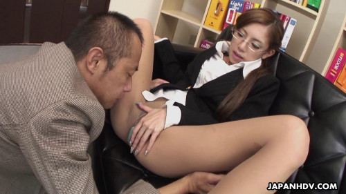 Ramu nagatsuki makes her foot fetish boss cum hardcore