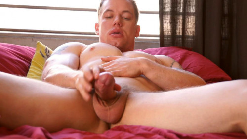 Sexy str8 lad, Adam Hardy jerks off to hawt homosexual fotos on phone